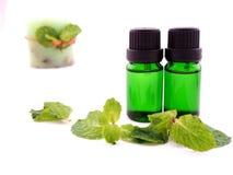 Olio dell'aroma su fondo bianco Immagine Stock Libera da Diritti