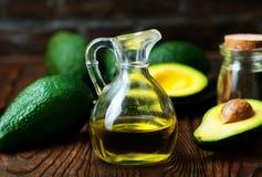 Olio dell'avocado immagini stock