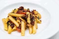 Olio di aglio e degli spaghetti immagini stock