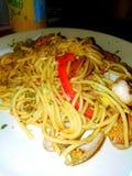 Olio di aglo degli spaghetti fotografia stock libera da diritti