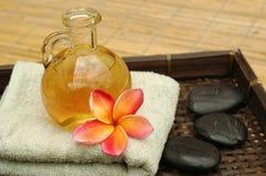 Olio di massaggio Fotografie Stock Libere da Diritti