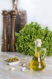 Olio di oliva con le olive Fotografia Stock