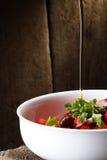 Olio ed insalata di oliva Fotografia Stock