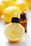 Olio essenziale del limone Fotografia Stock Libera da Diritti