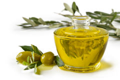Oliv för Olionellabottiglia e Royaltyfri Foto