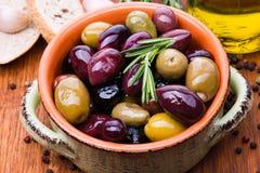 Olive in ciotola Fotografia Stock
