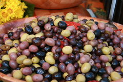 Olive e peperoni caldi Fotografia Stock