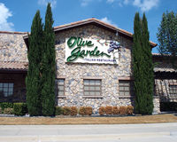 Olive Garden Italian Restaurant. Olive Garden is an American casual dining restaurant chain specializing in Italian-American cuisine Royalty Free Stock Image