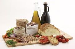 olive inställning för legumesolja arkivfoton