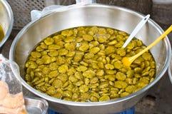 Olive marinate con le spezie Immagini Stock Libere da Diritti