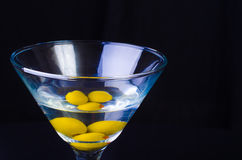 3 Olive Martini Close-Up Fotografia Stock