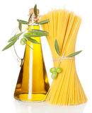Olive oil and  spaghetti Royalty Free Stock Photography