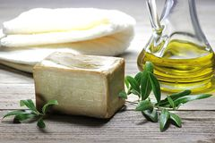 olive tvål fotografering för bildbyråer