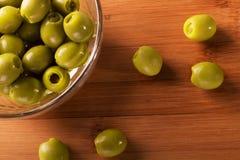 Olive in una ciotola Fotografie Stock