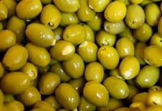 Olive verdi con materiale da otturazione immagine stock