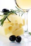 olive vit wine för ost arkivfoton