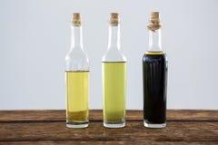 Olivenöl und Balsamico-Essig in der Flasche Lizenzfreie Stockfotografie