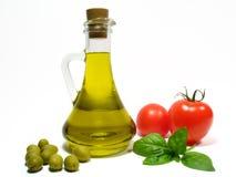 Olivenöl und Gemüse Lizenzfreie Stockfotografie