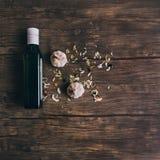 Olivenöl und Knoblauch Stockfotografie