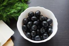 Oliven in einer Schüssel Lizenzfreie Stockfotografie