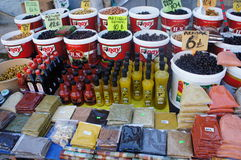 Oliven, Gewürze Stockbild