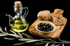 Oliven und Öl Lizenzfreies Stockfoto