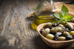 Oliven und Olivenöl Stockbild