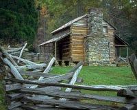 Oliver Cabin dans la crique de Cades, Tennessee image libre de droits
