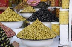 Olives au marché Photographie stock libre de droits