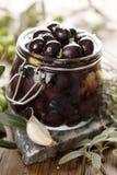 Olives de marinage Photographie stock