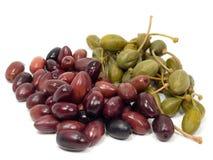 Olives et câpres Image stock