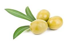 Olives et feuilles Photos stock