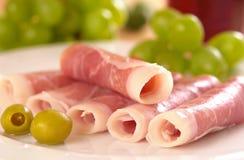 Olives et jambon fumé Image libre de droits