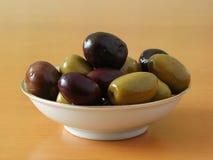 Olives mélangées Photo libre de droits
