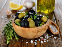 Olives with rosemary Royalty Free Stock Photos