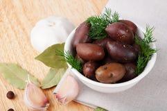 Olives salées par noir Image stock