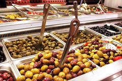 Olives salad bar Royalty Free Stock Images