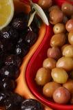 Olives vertes et noires Images stock