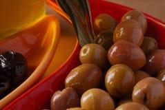 Olives vertes et noires Photos stock