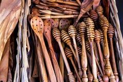 Olivgrön wood köktillbehör Arkivbilder