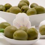 Olivgrüner Aperitif Stockbilder