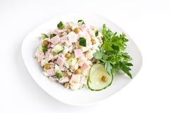 Olivie russe de salade photographie stock libre de droits