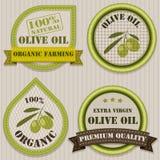 Olivoljaetiketter. Arkivbild