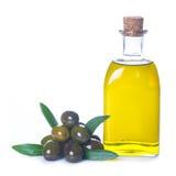 Oliwa z oliwek odizolowywający na białym tle zdjęcia stock