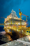 Olja och gasar överföringsplattformar Arkivbild