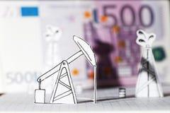 Oljapumpjack och oljeplattformar Begrepp Royaltyfri Foto