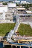 Oljarör på sändningsoperationen Royaltyfri Fotografi