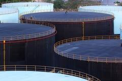 Olje- behållare för lagring Arkivbilder