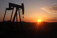 Olje- brunn Arkivbild