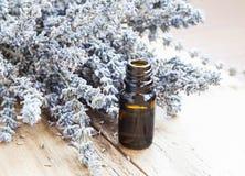 Olje- flaska för lavendel Royaltyfri Foto